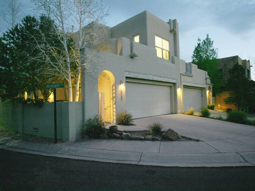 13104 Enchantment Lane NE, Albuquerque, NM 87111