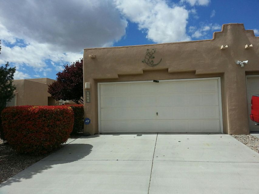 2215 Camino Contento NW, Albuquerque, NM 87120