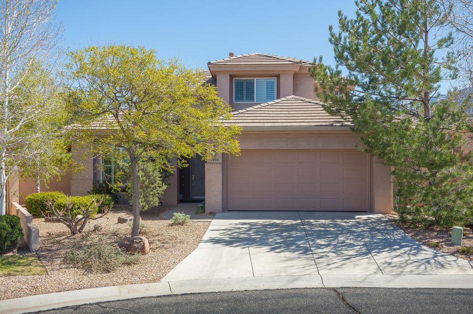 5900 Purple Aster Lane NE, Albuquerque, NM 87111