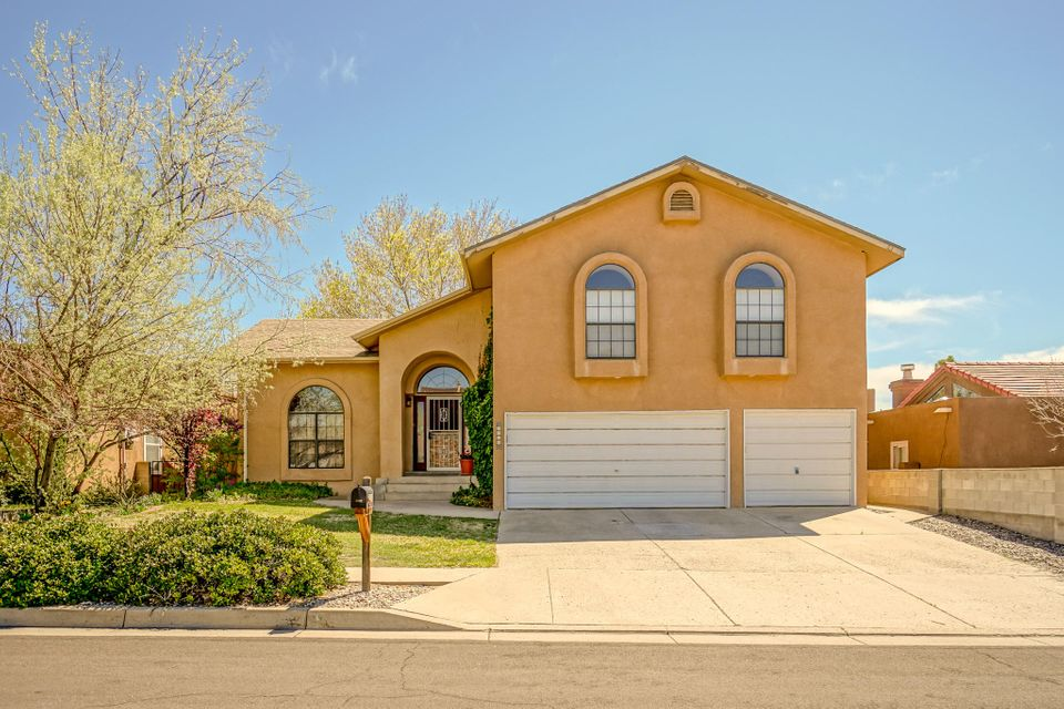 9500 De Vargas Loop NE, Albuquerque, NM 87109