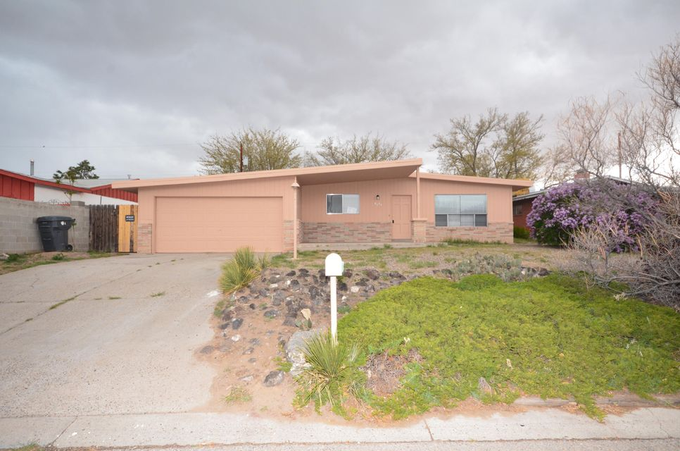 9721 Academy Road NW, Albuquerque, NM 87114