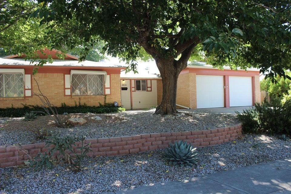 3816 Sierra Madre Drive NE, Albuquerque, NM 87111
