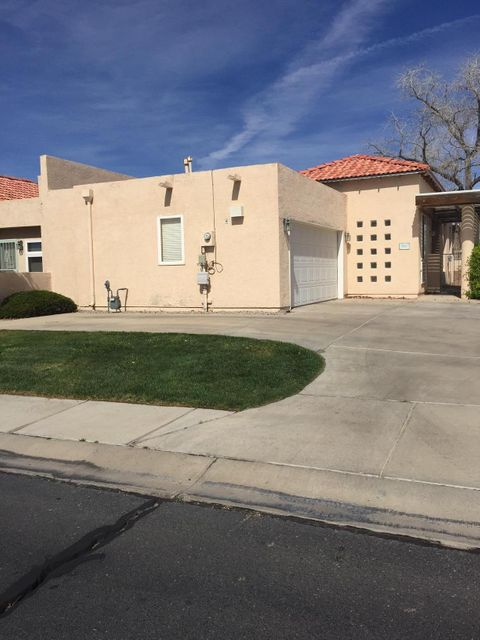 609 Renaissance Loop SE, Rio Rancho, NM 87124