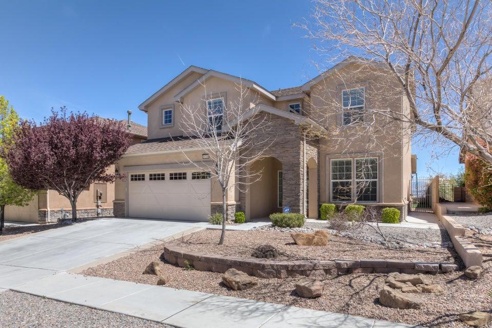 10208 Avenida Vista Sol NW, Albuquerque, NM 87114