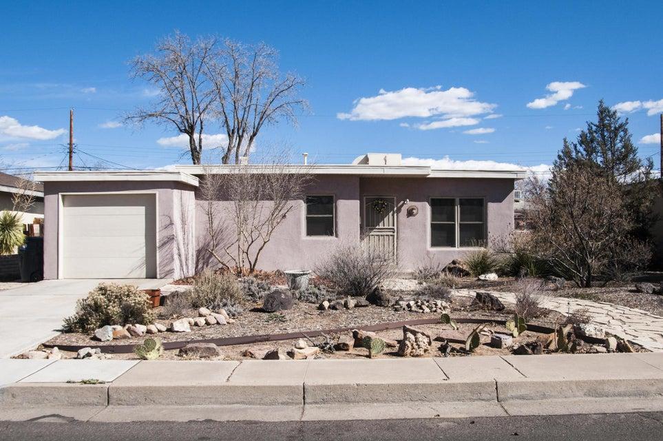 2738 Monroe Street NE, Albuquerque, NM 87110