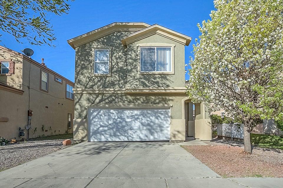 709 Los Viejos Drive SW, Albuquerque, NM 87105