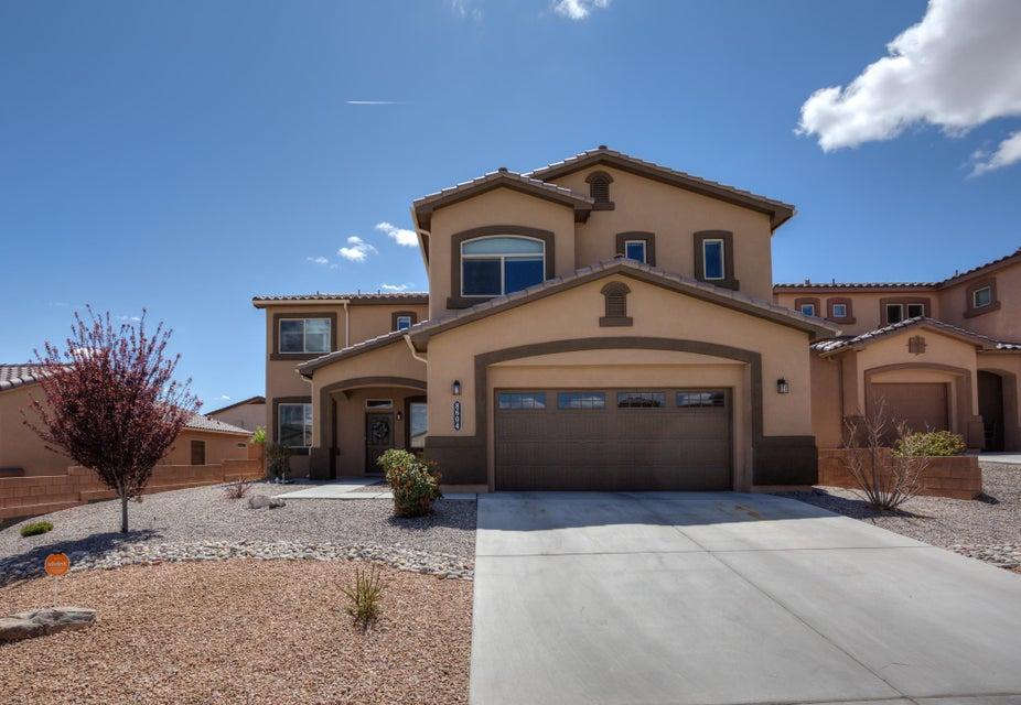 8604 Bouvardia Avenue NW, Albuquerque, NM 87120