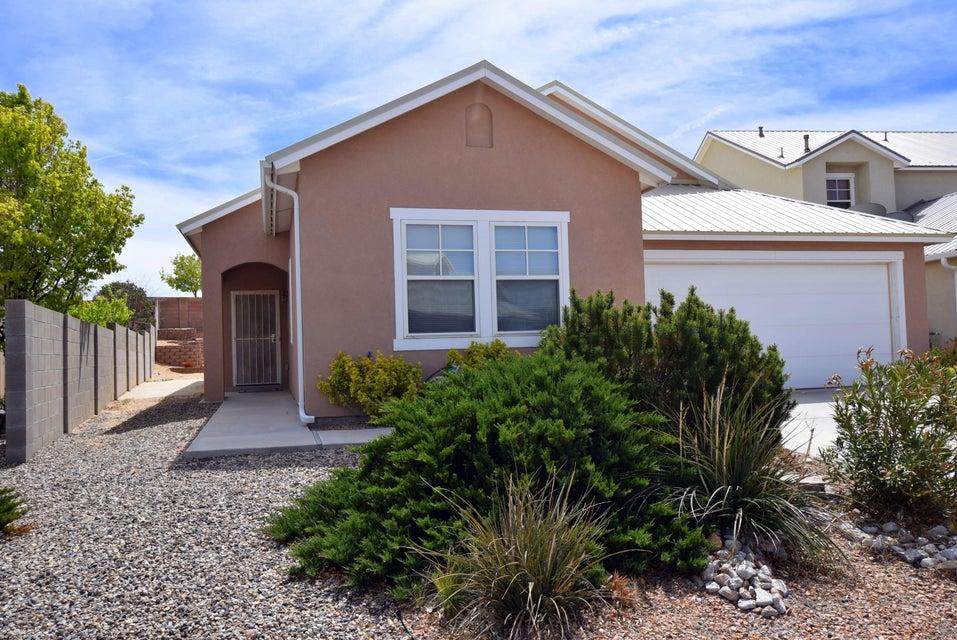 477 Minturn Loop NW, Rio Rancho, NM 87124