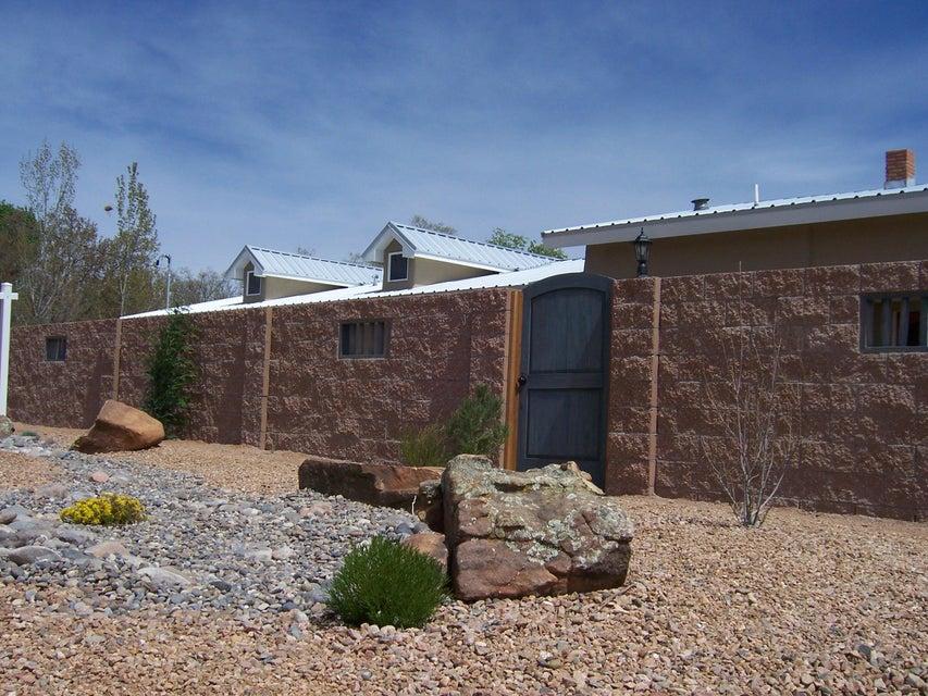 , Albuquerque, NM 87107