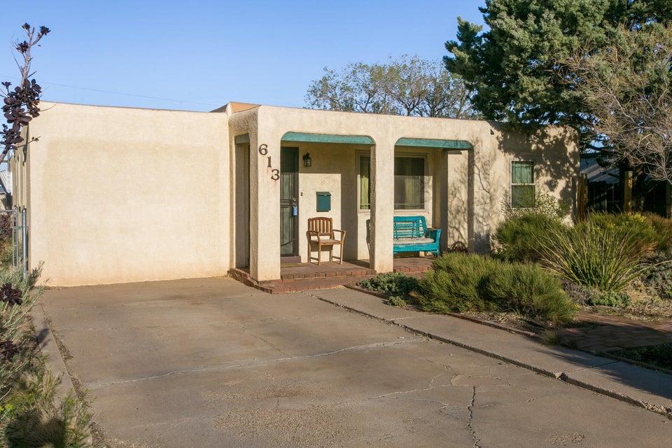 613 Cagua Drive SE, Albuquerque, NM 87108