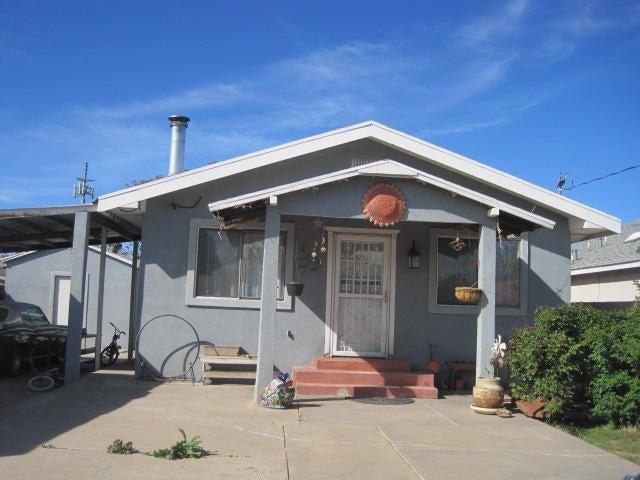 215 Sanchez Road NW, Albuquerque, NM 87107
