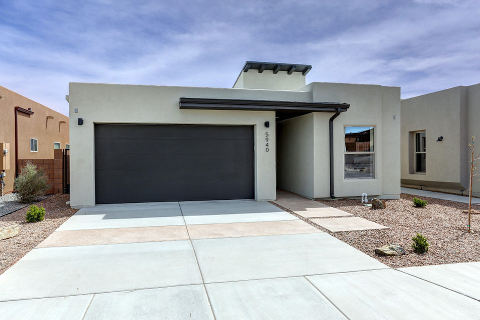 5940 Mafraq Avenue NW, Albuquerque, NM 87114