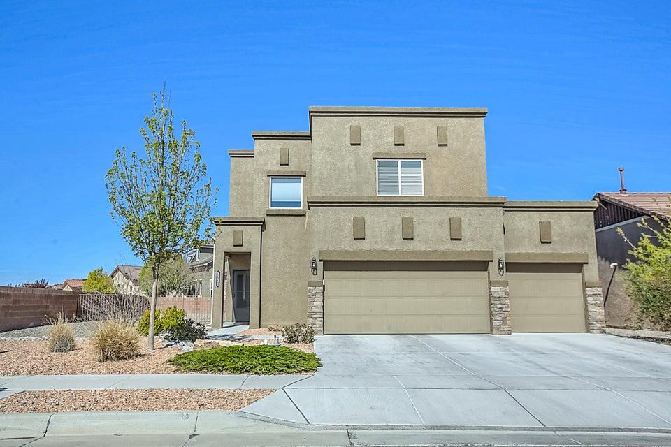 8331 Hawk Eye Road NW, Albuquerque, NM 87120
