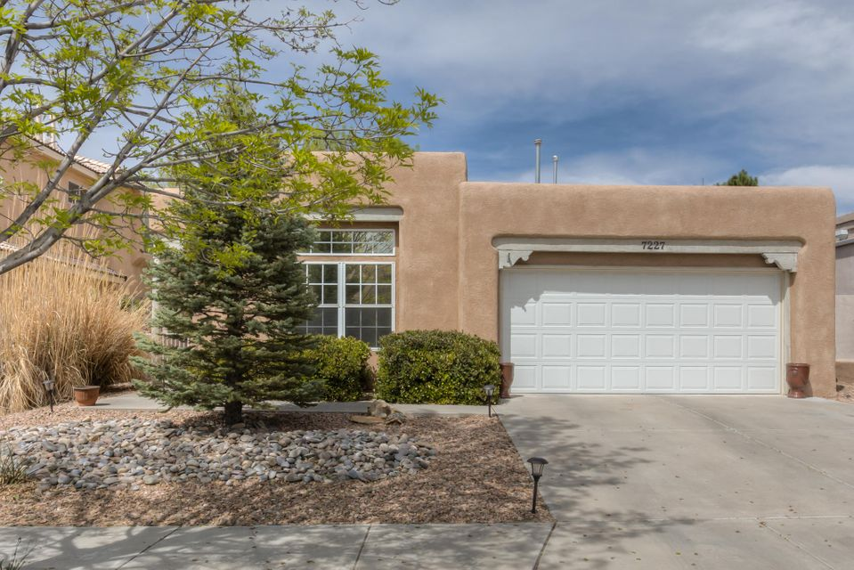 7227 Capitan Avenue NE, Albuquerque, NM 87109