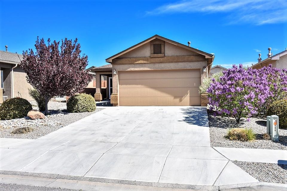 1011 Saw Mill Road NE, Rio Rancho, NM 87144