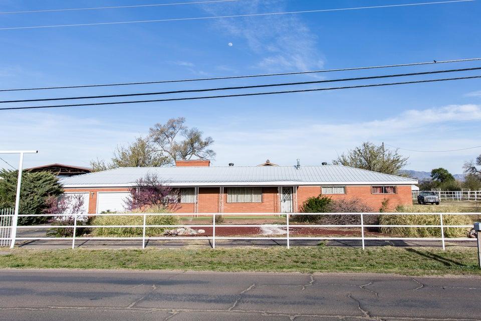 1418 Frontage Road, Belen, NM 87002