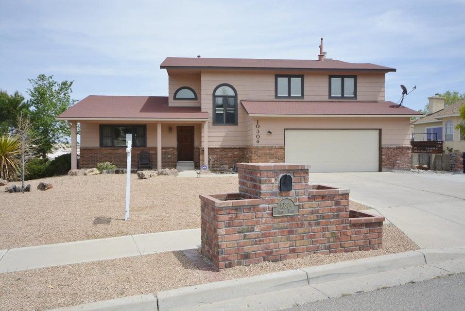 10304 Brad Place NW, Albuquerque, NM 87114