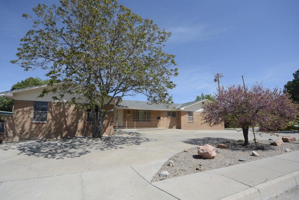 3121 San Joaquin Avenue SE, Albuquerque, NM 87106