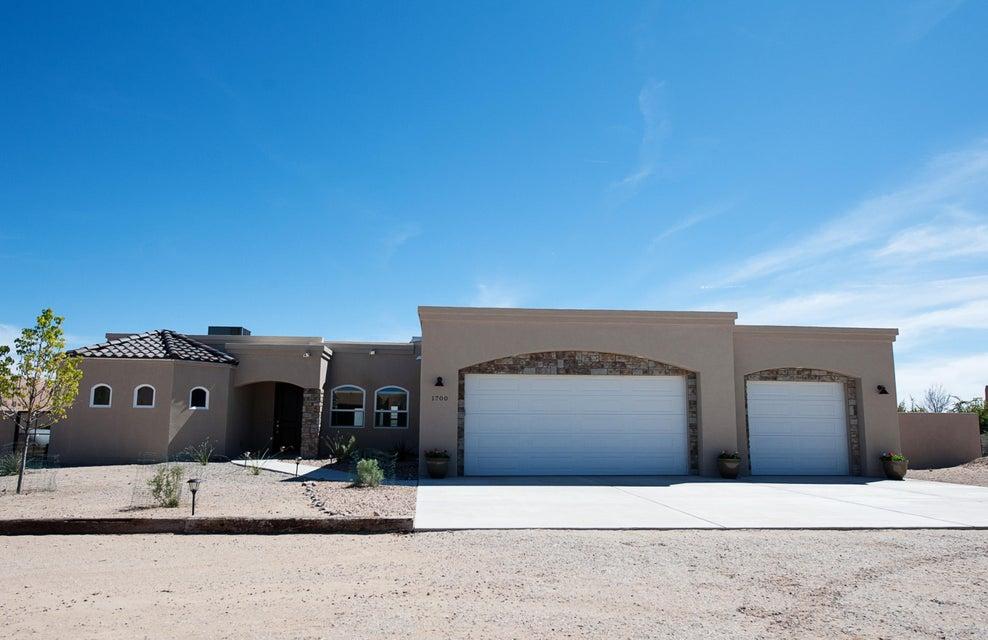 1700 15th Avenue SE, Rio Rancho, NM 87124