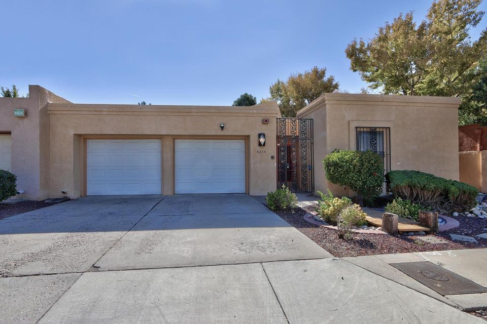 6215 Rio Hondo Drive NE, Albuquerque, NM 87109