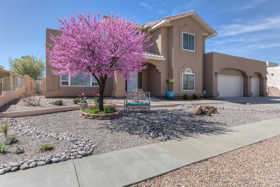 6104 Sierra Linda Avenue NW, Albuquerque, NM 87120
