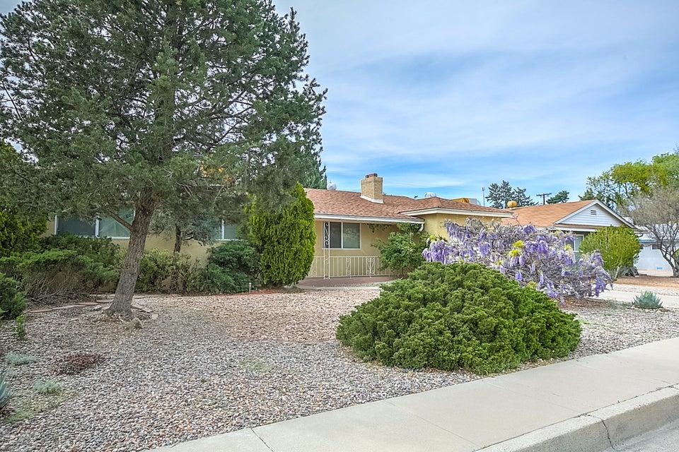 3513 DAKOTA Street NE, Albuquerque, NM 87110