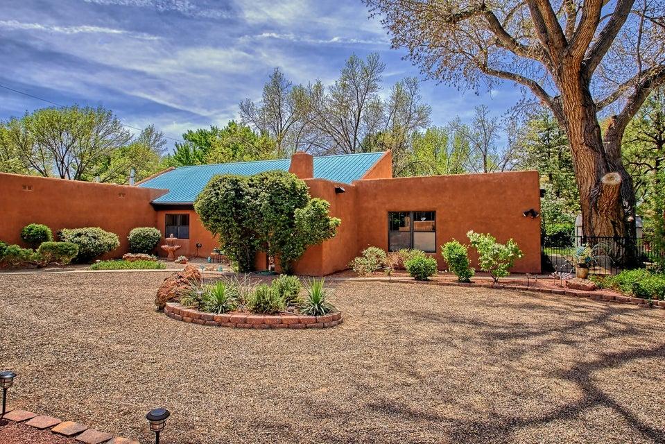 532 Calle De Los Hijos NW, Albuquerque, NM 87114