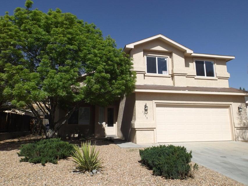 1335 Summerfield Place SW, Albuquerque, NM 87121