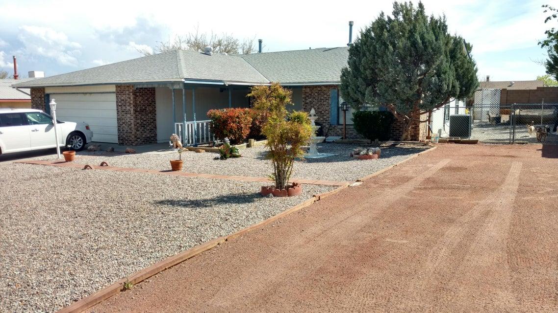 4608 NE Limestone Drive NE, Rio Rancho, NM 87124