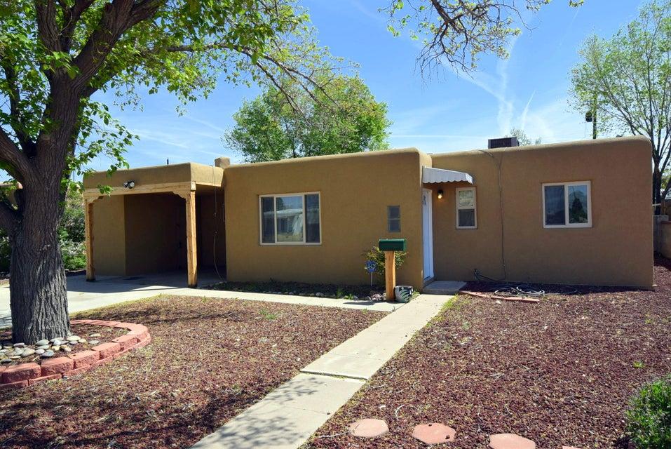 2430 Alvarado Drive NE, Albuquerque, NM 87110