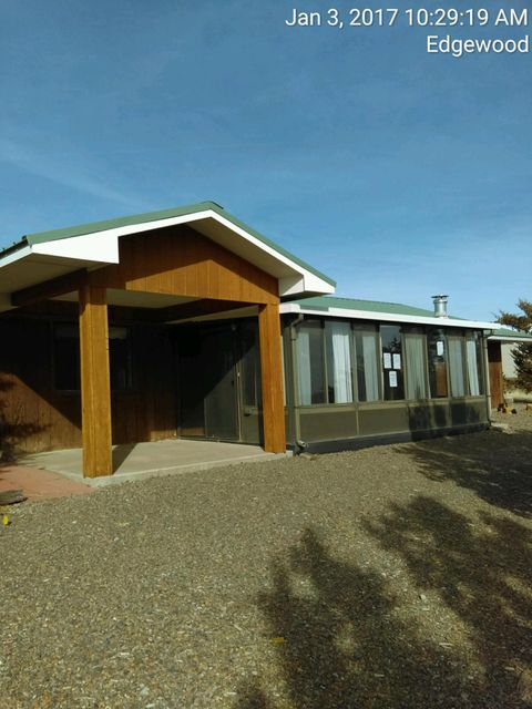 54 Skyline Drive, Edgewood, NM 87015