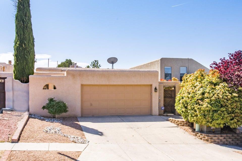 10416 Casador Del Oso NE, Albuquerque, NM 87111
