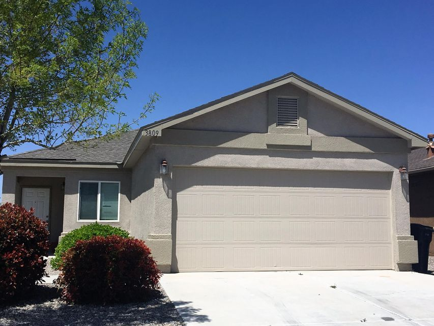 3809 Lonesome Ridge Street NE, Rio Rancho, NM 87144