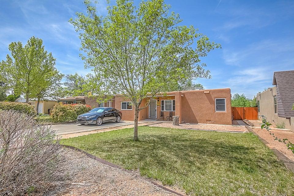 805 Alvarado Drive SE, Albuquerque, NM 87108