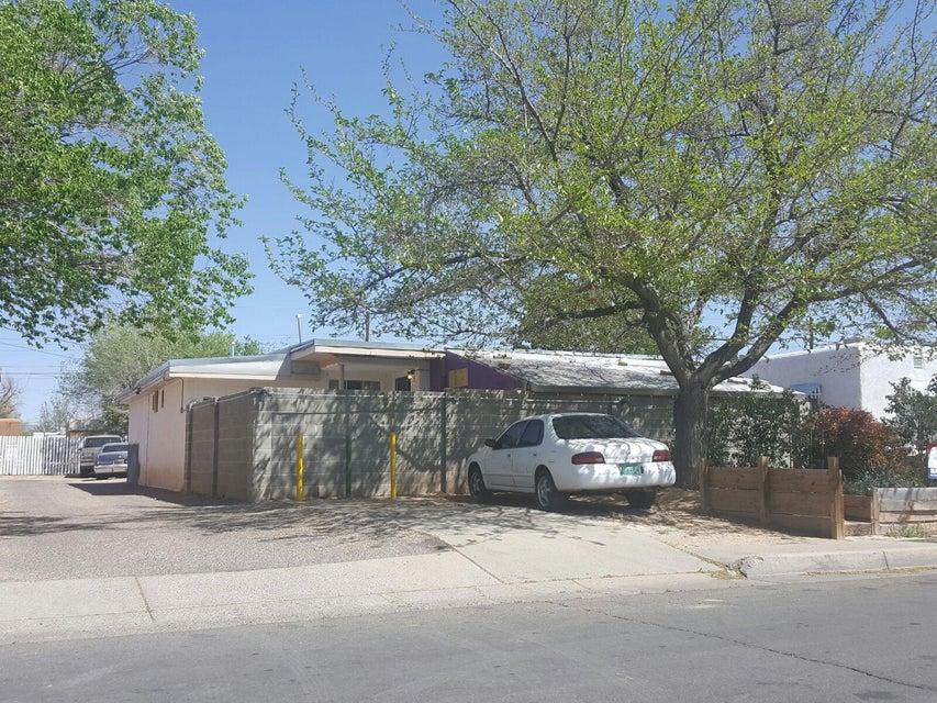 518 Valencia Drive SE, Albuquerque, NM 87108