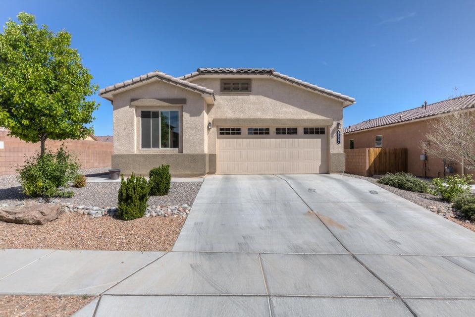8327 Mock Heather Road NW, Albuquerque, NM 87120