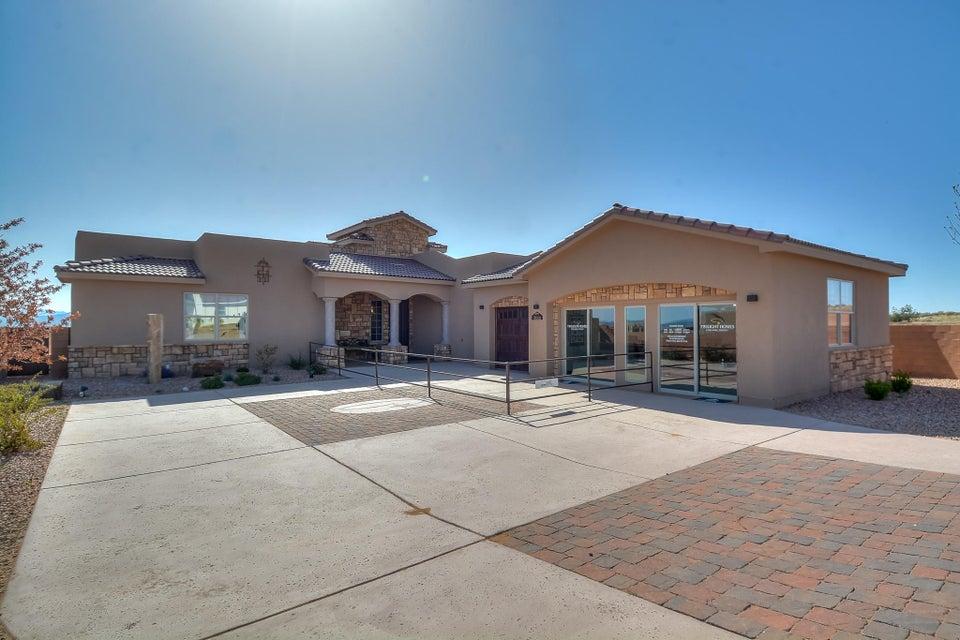 3000 Vatapa NE, Rio Rancho, NM 87144