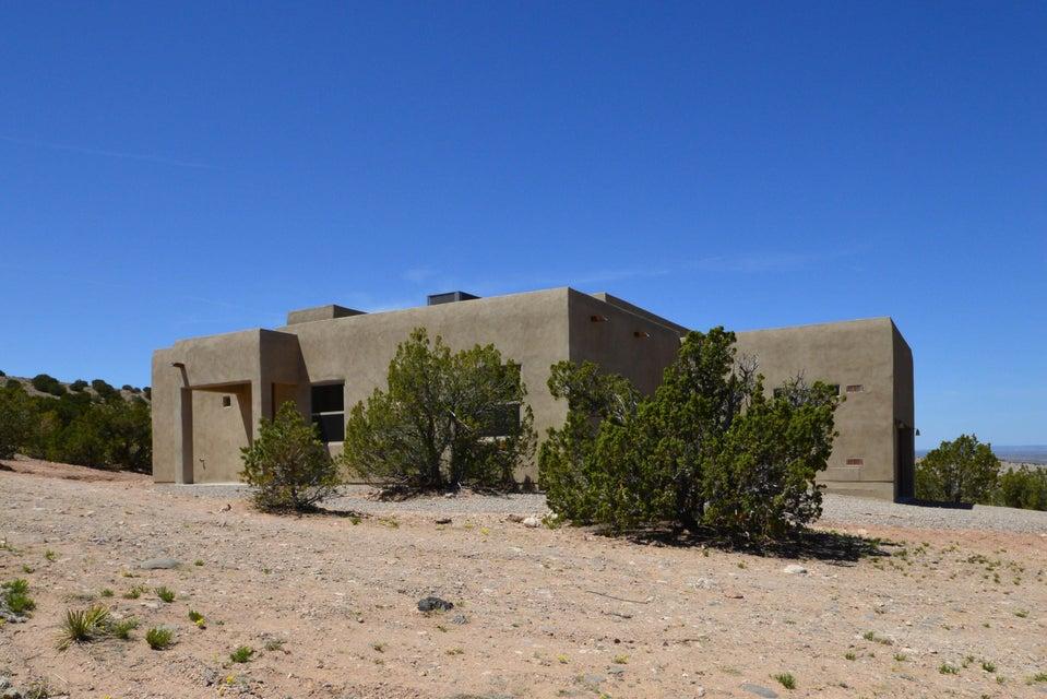 20 Hohokam Road, Placitas, NM 87043