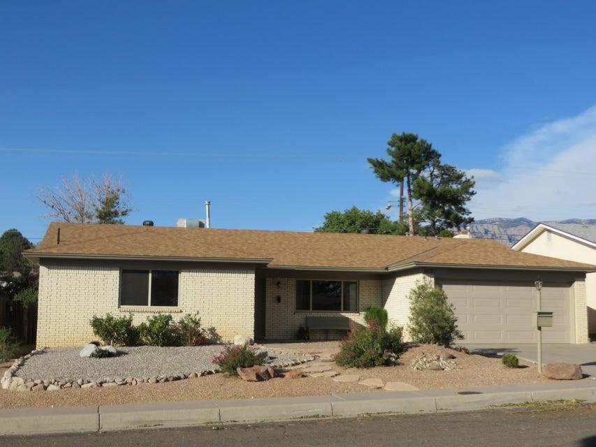 3617 Parisian Way NE, Albuquerque, NM 87111