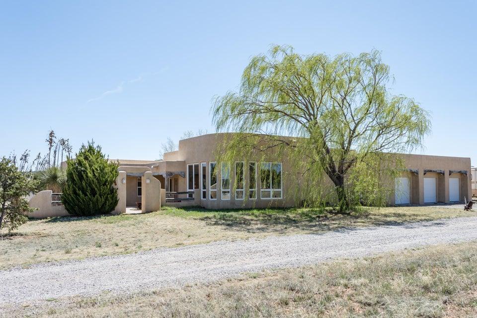 35 Richland Drive, Tijeras, NM 87059