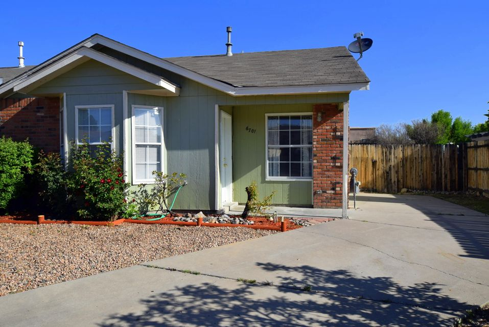 6701 Azuelo Avenue NW, Albuquerque, NM 87120
