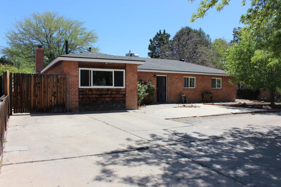 2900 Texas Street NE, Albuquerque, NM 87110