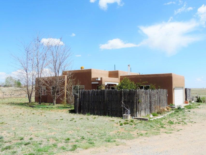 8 Osprey Court, Edgewood, NM 87015