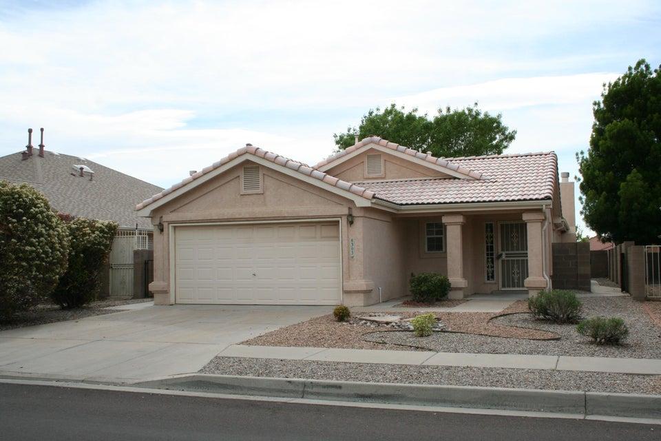 8303 San Tesoro Street NE, Albuquerque, NM 87113