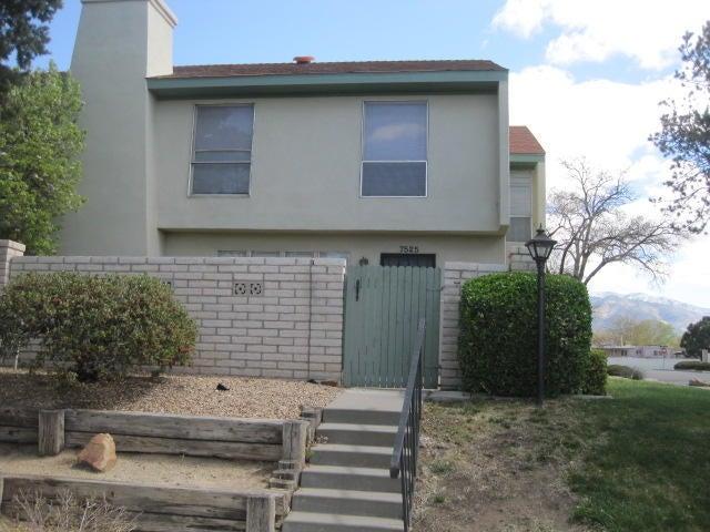 7525 Prairie Road NE, Albuquerque, NM 87109
