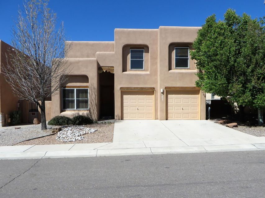 9205 Bluewood Lane NE, Albuquerque, NM 87122