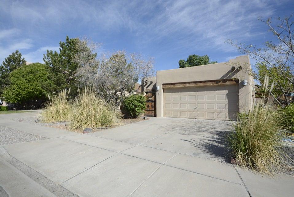7205 Triana Place NW, Albuquerque, NM 87114
