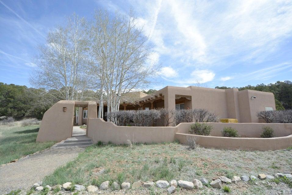 13 Monte Verde Place, Tijeras, NM 87059