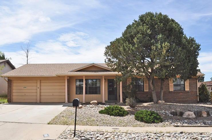 6904 Christy Avenue NE, Albuquerque, NM 87109