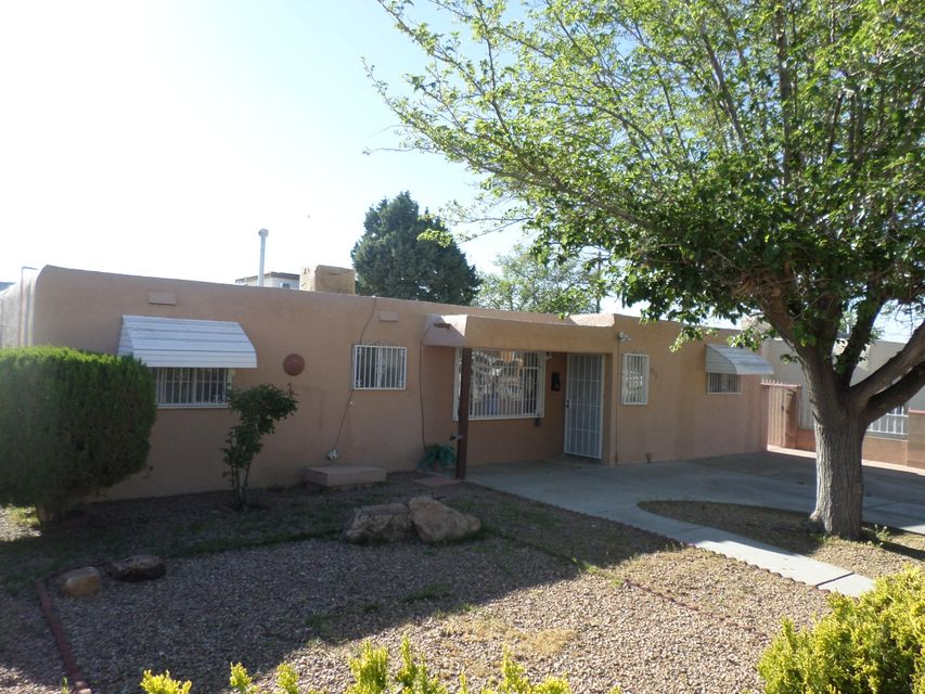 3221 Ortiz Drive NE, Albuquerque, NM 87110